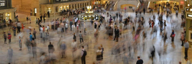 A Woman Falls in a Busy Train Station – Liability or No liability?